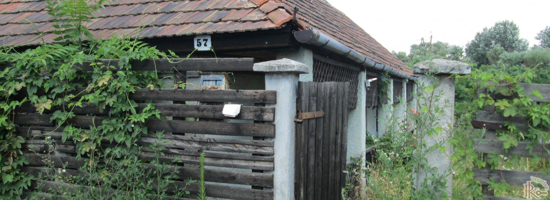 Sajószentpéter, Lévay József utca 57.