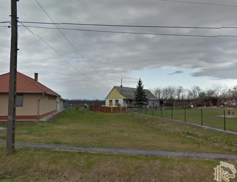 Barbacs, Csornai utca 27.