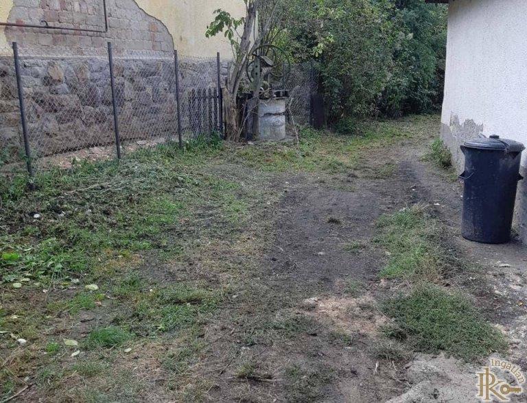 Vácegres, Szabadság utca 15.