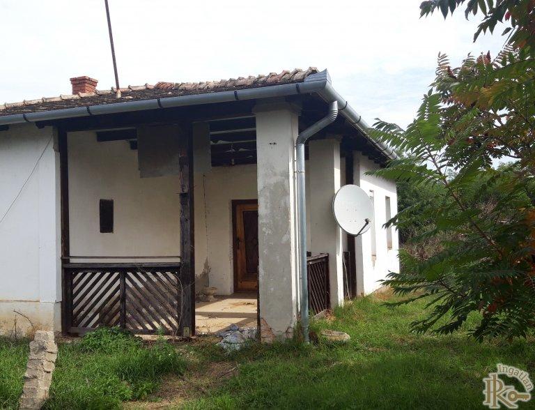 Mezőcsokonya, Táncsics Mihály utca 71.
