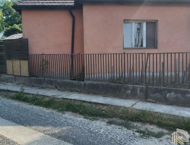 Bajna, Vértes utca 4.