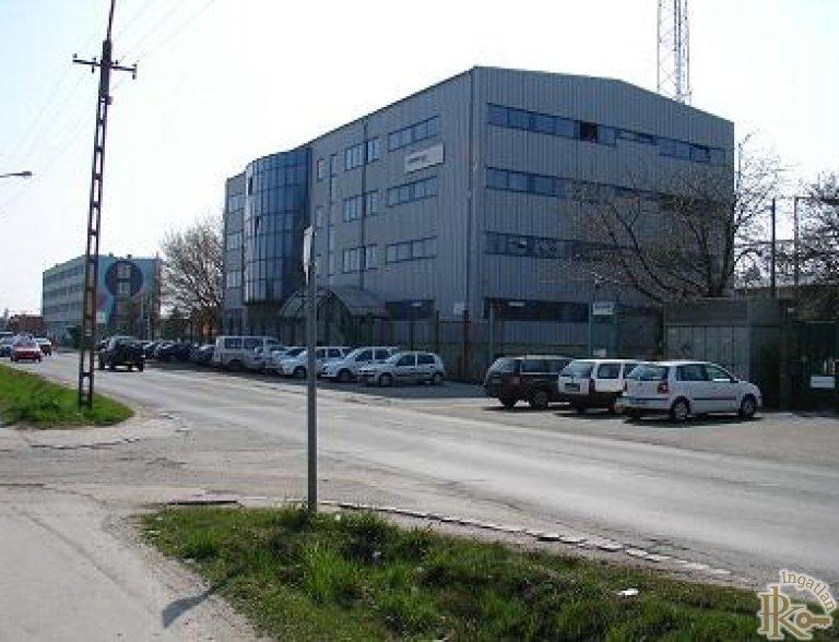 Késmárk utcai irodaház kiadó